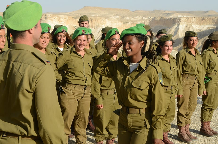 Following First Ever Co-Ed IDF Oath of Allegiance, Debates Heat-Up Over Female Soldiers in Combat