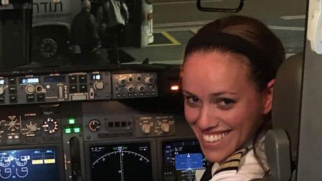 First: PM Netanyahu Piloted by Orthodox Jewish Woman