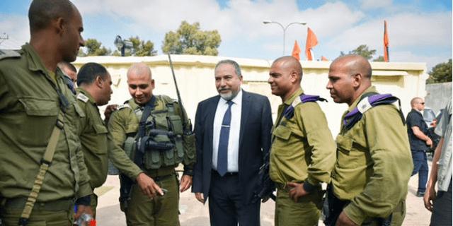 Bedouin Colonel Represents Proud Israeli Minority